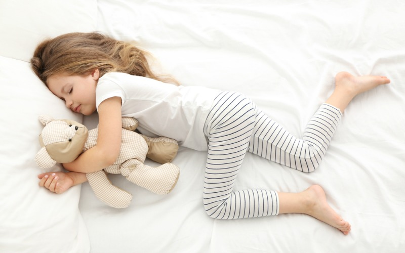 What Time Should I Put My Kids To Bed? - The Sleep Matters Club