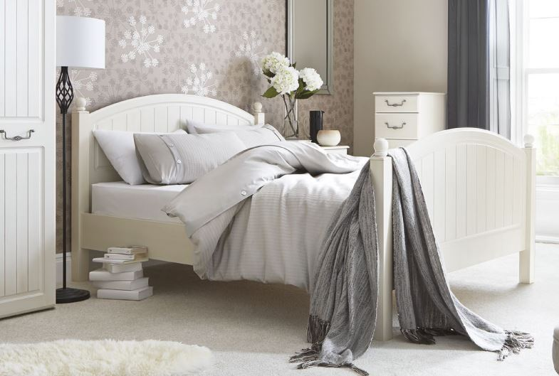 interior designer shares their advice on when you should redecorate your bedroom