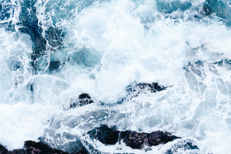 image of ocean waves to show ocean as a sound for sleep