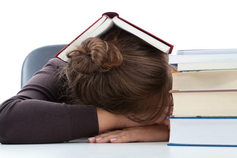 Sleeping learning student