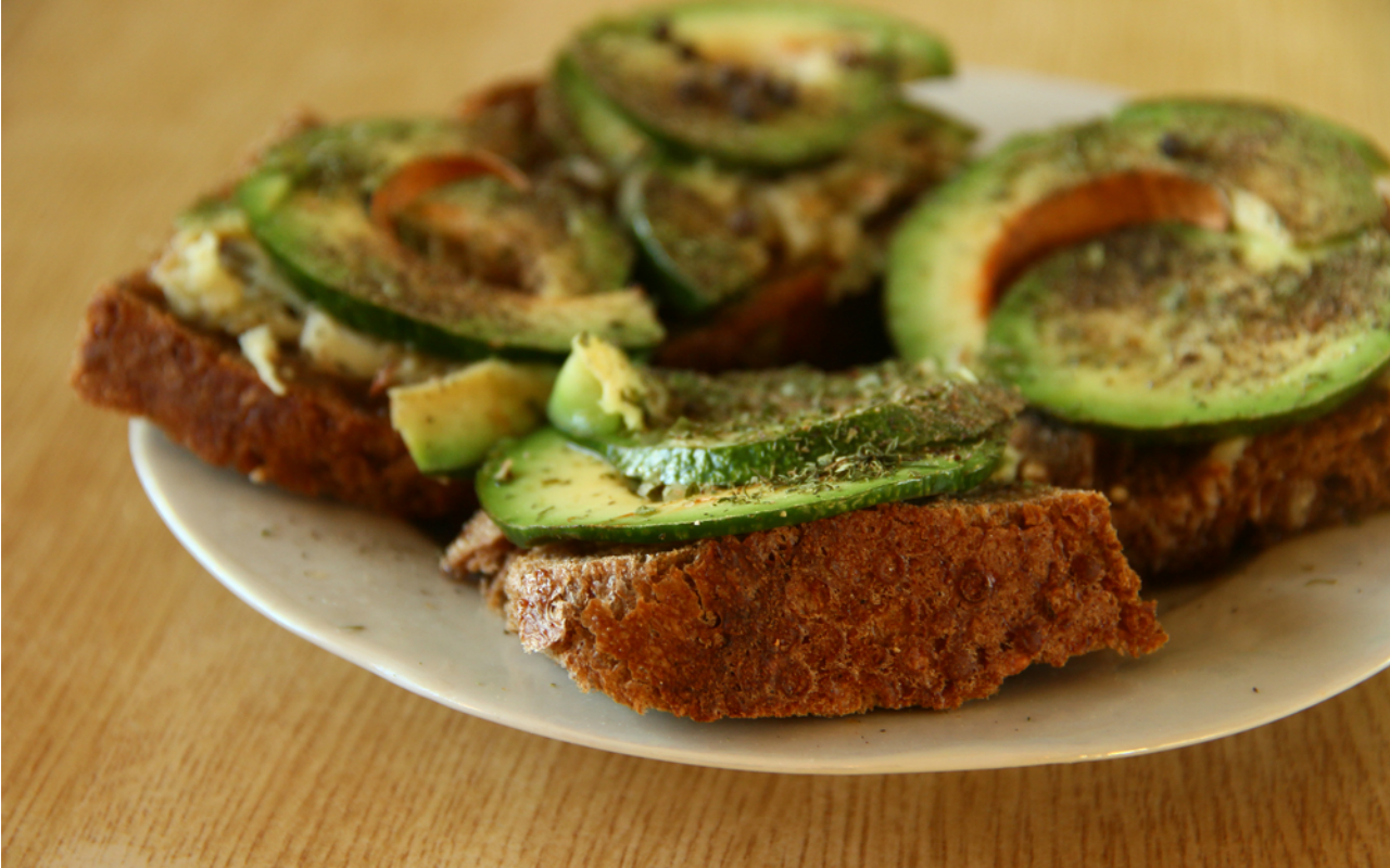 Eat a healthy energising breakfast - tips for preparing for that all-important job interview