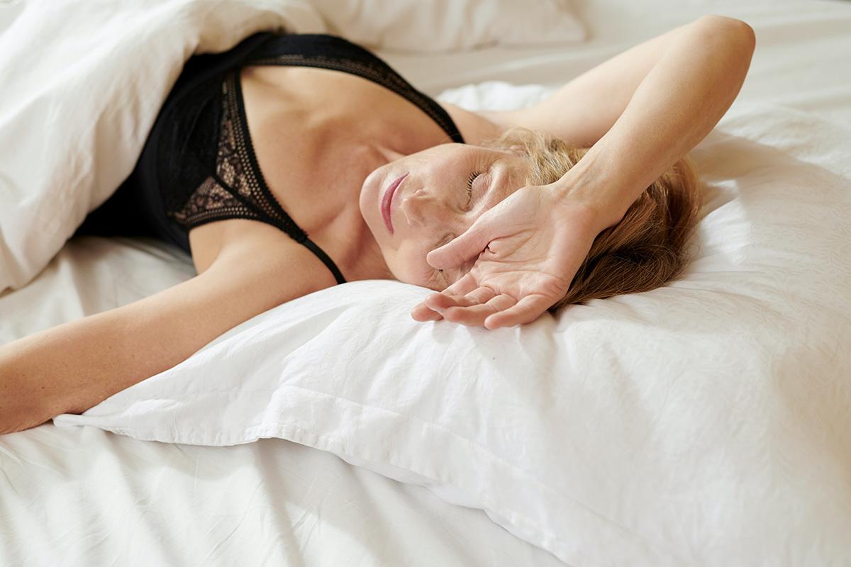 elderly woman struggling to sleep